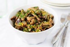 Marinated одичалый салат гриба (грибка меда) с укропом и Musta Стоковые Изображения RF