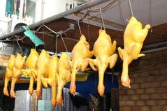Marinated цыплята в под открытым небом ресторане, Гонконге стоковые изображения