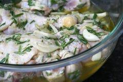 Marinatura del pollo del limone Fotografia Stock