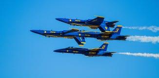 Marinblåa änglar Airshow för USA Royaltyfria Bilder