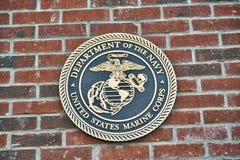 Marine Corps Challenge Coin sur la brique Photo stock
