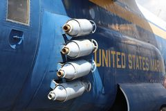 Marine Corps Helicopter Armed avec des bombes Photo libre de droits