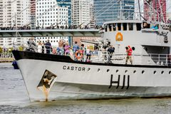 Marine Corps voert een interventie op de schipbever uit royalty-vrije stock foto's