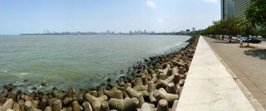 Marine Drive Promenade dans Mumbai du sud, Inde Photographie stock libre de droits