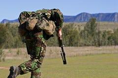 Marine mit einem Maschinengewehr Stockbilder