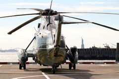 Marine One VH-3D on Wall Street Helipad background Statue of Liberty Stock Images