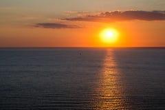 Marine scape. zonsondergang op het overzees Stock Foto's