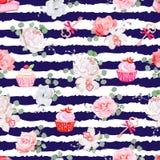 Marine streifte nahtloses Vektormuster mit frischem Gebäck, Blumensträußen von Blumen und Schlüsseln mit roten Bögen Stockbild