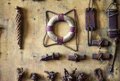 Marine Symbols på väggen Royaltyfria Foton