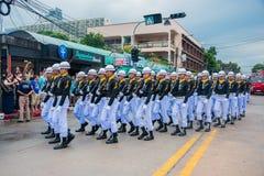 Marinen ståtar marsch för att utföra utsmyckat borrar in internationella Fle Royaltyfri Fotografi