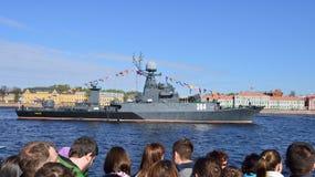 Marineparade eingeweiht Victory Day in St Petersburg, Russland stockfotos