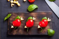 Marinierte Leiste mit dem Tomatenherzen geformt Lizenzfreie Stockbilder