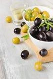 Marinierte Oliven Stockfotos