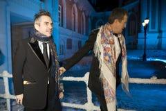 Mario Testino y director Chris Columbus Foto de archivo libre de regalías