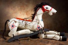 Marioneta antigua del caballo Foto de archivo