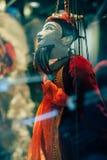 Marionetten befestigt zur Schnur Lizenzfreie Stockfotos