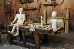 Marionnette en bois de Pinocchio Photos libres de droits