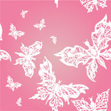 Mariposas blancas en fondo inconsútil rosado Foto de archivo