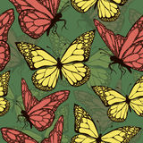 Mariposas coloreadas con el modelo inconsútil del ornamento Fotos de archivo libres de regalías