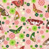 Mariposas, flores y trébol Fotografía de archivo