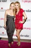 Marisa Coughlan och Ashley Jones Fotografering för Bildbyråer