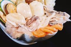 Marisco do close-up e calamares do grupo misturado de marisco imagens de stock