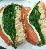 Marisco enchido fresco, salmão fotos de stock royalty free
