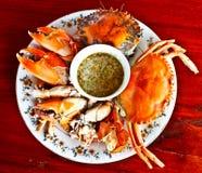 Marisco tailandês, caranguejo cozinhado com molho picante 5 imagens de stock royalty free