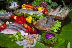 Mariscos en la exhibición en el mercado de pescados fotos de archivo libres de regalías