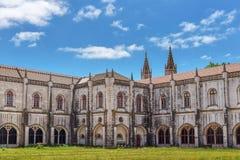 Maritimt museum, borggården, en historisk monument Jeronimos lisbon royaltyfria foton