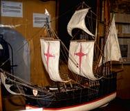 Maritimt museum i det guld- tornet på bankerna av floden Guadalquivir i Seville Spanien arkivfoton