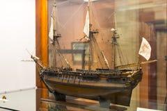 Maritimt museum i Madrid historia av de spanska historiska kulturföremålen för marinskeppmodeller arkivfoton