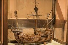 Maritimt museum i Madrid historia av de spanska historiska kulturföremålen för marinskeppmodeller arkivfoto