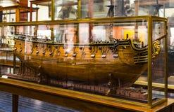 Maritimt museum i Madrid historia av de spanska historiska kulturföremålen för marinskeppmodeller royaltyfria bilder