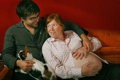 Marito e moglie incinta fotografie stock