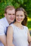 Marito e moglie sulla natura fotografia stock libera da diritti