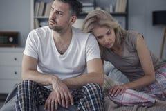 Marito infelice e moglie triste immagini stock libere da diritti