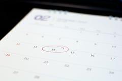 markör av nummer 14 på kalender Arkivbilder