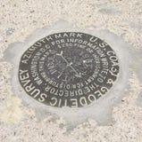 Markör för geodetisk granskning arkivbild