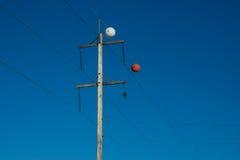 Markörer för boll för maktpol och säkerhets Royaltyfri Fotografi