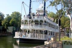 Mark Twain Riverboat, Disneyland, Anaheim, California Foto de archivo
