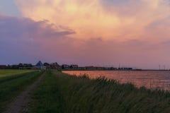 Marken på solnedgången royaltyfri foto