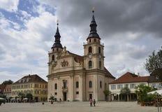 Markeplatz和教会, Ludwigsburg 免版税库存照片