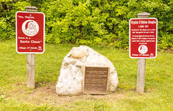 Marker commemorating founding Santa Claus Club. And historic Yes Virginia there is a Santa Claus letter in New York Sun, Valatie New York stock images