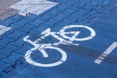 Markering på cykelgränden royaltyfri fotografi