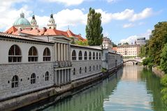 Market arcade and Ljubljanica river Royalty Free Stock Photography