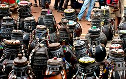 Market in Ethiopia. Sale of pots on a market in Ethiopia Royalty Free Stock Images
