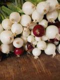 Market Onions organic Stock Images