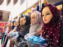 Market& x28; souk& x29; bazar w turystycznym mieście Ouargla Algieria Tradycyjny sukienny pamiątka rynek jest zdjęcie royalty free