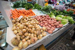 Market stand selling vegetables Royalty Free Stock Photos